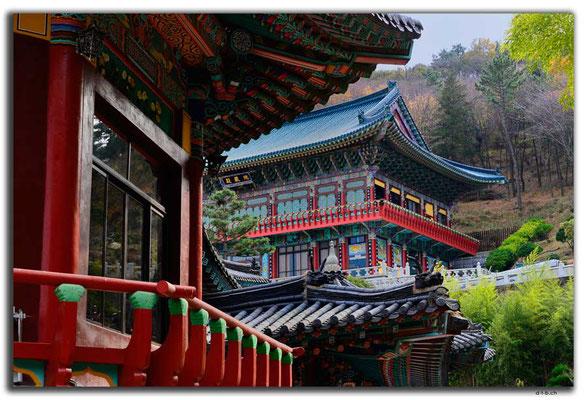KR0348.Busan.Samgwangsa Temple