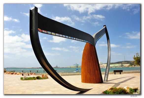 AU0875.Esperance.Whale Tail Sculpture