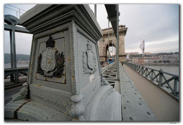 HU037.Budapest.Kettenbrücke