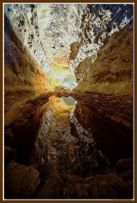 LAN033 Cueva de los Verdes