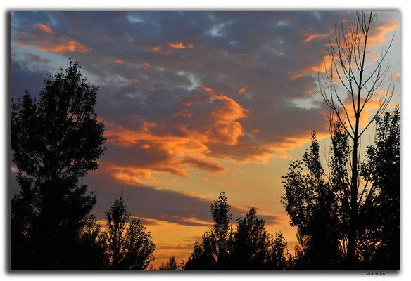 CN0251.Abendwolken