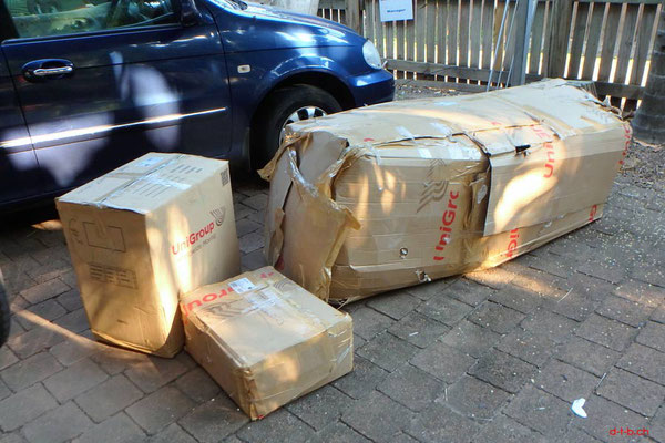 AU: Solatrike verpackt angekommen in Darwin