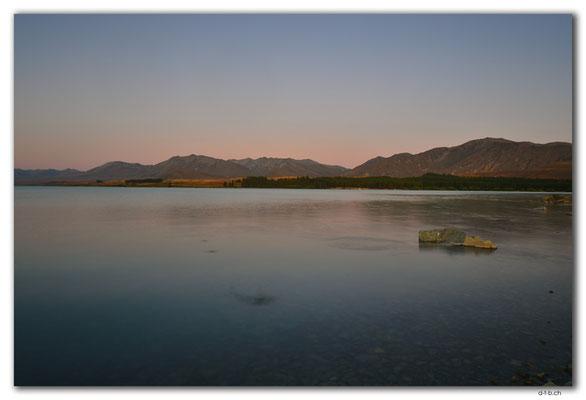 NZ0774.Lake Tekapo
