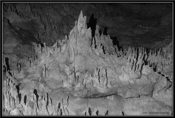"""JM043.Windsor Cave """"Mont St. Michel"""""""