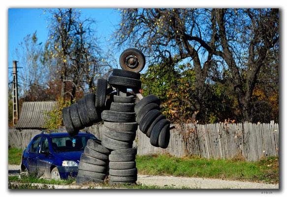 RO0184.Michelin-Männchen