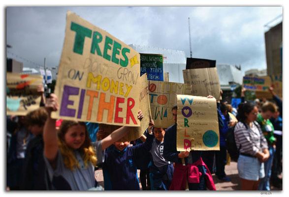 NZ0241.Auckland.Schoolstrike4Climate