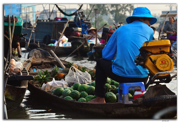 VN0373.Phong Dien.Floating Market