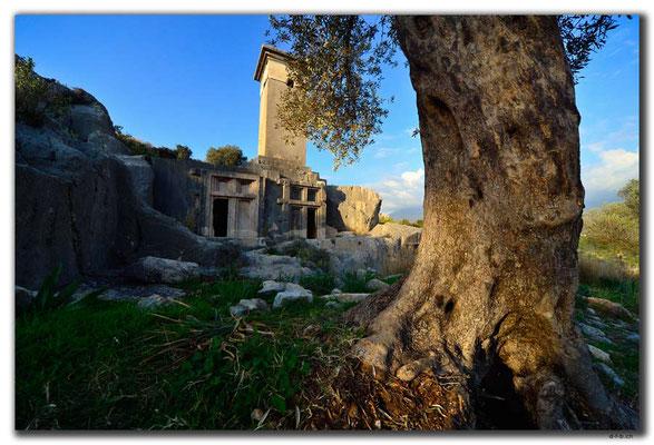 TR0220.Xanthos.Nekropolis