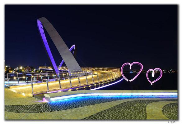 AU0733.Perth.Elizabeth Quay Bridge