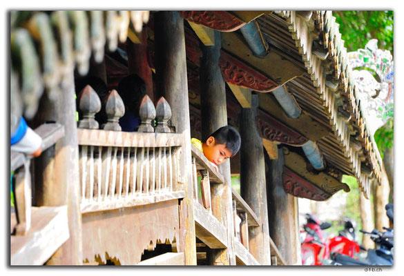 VN0202.Thanh Toan Bridge