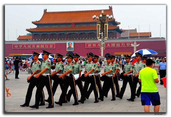 CN0375.Peking,Tiananmen Square