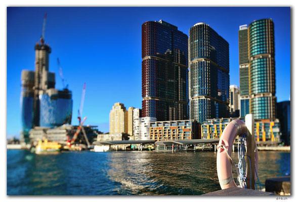 AU1690.Sydney.Darling Harbour