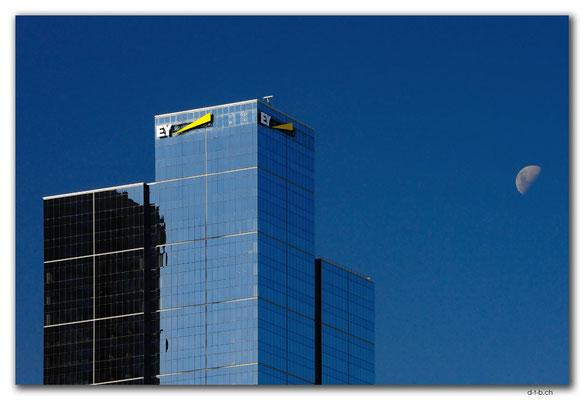 AU1223.Melbourne.City & Moon