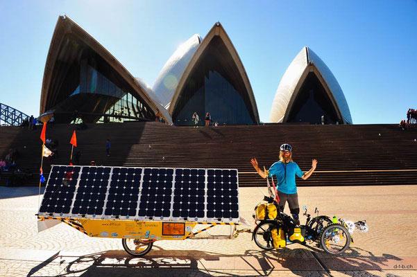 AU: Solatrike in Sydney beim Opernhaus