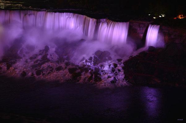 CA0372 Niagara Falls