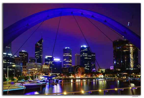 AU0716.Perth.Elizabeth Quay Bridge