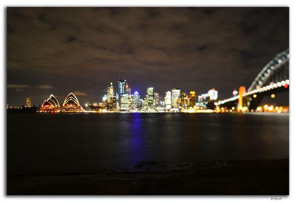 AU1683.Sydney.Opera + Harbour Bridge