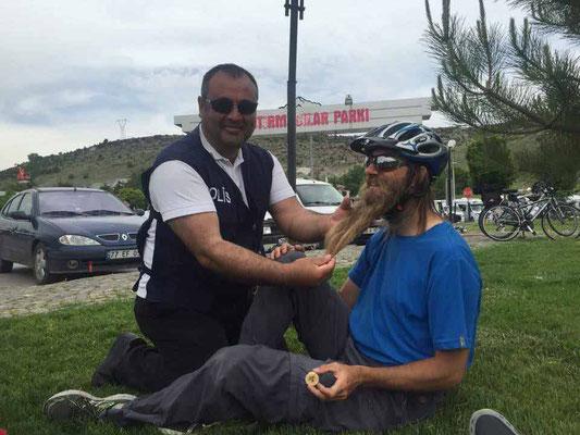 TR: Kayseri, mein Bart wird bewundert (Photo: Fatos)