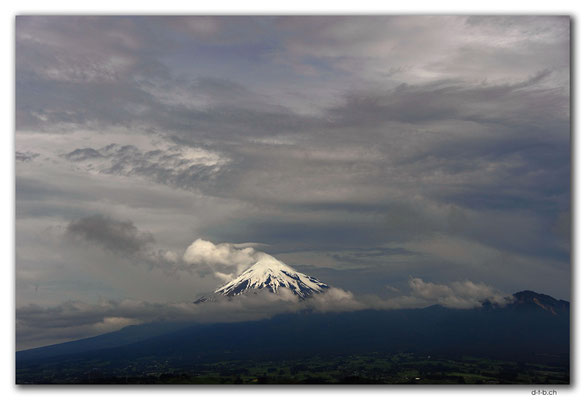 NZ0382.New Plymouth.Mt.Taranaki