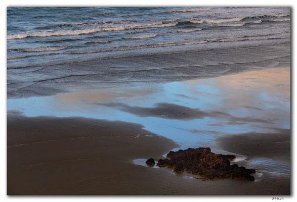 NZ0959.Christchurch.Sumner Beach