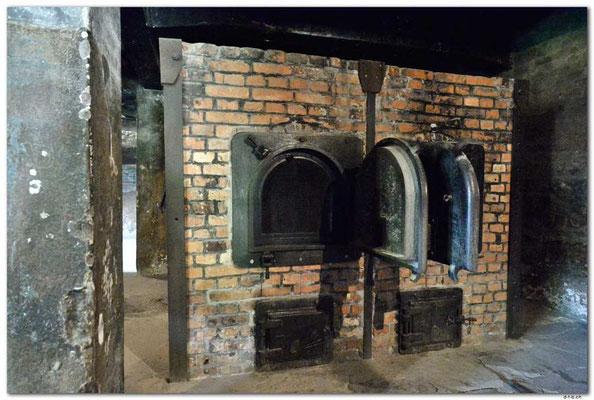 PL013.Auschwitz.Krematorium