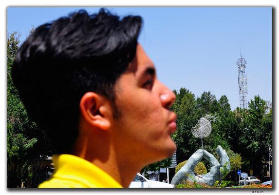 Esfahan, Daniel