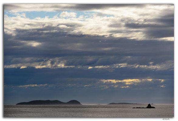 NZ0852.Stewart Island.Oban.Halfmoon Bay
