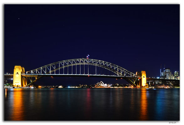 AU1663.Sydney.Opera House & Harbour Bridge.McMahon Point