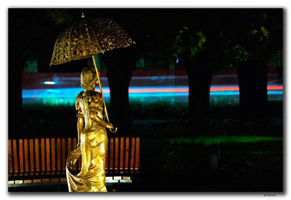 HU053.Szentes.Statue