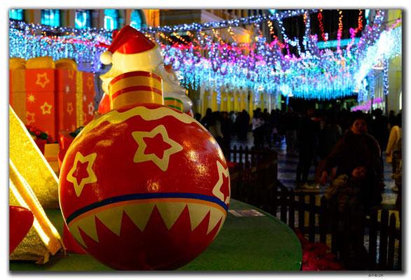 MO0006.Weihnachtsdekoration