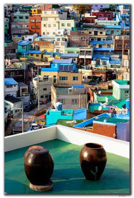 KR0312.Busan.Gamcheon Cultural Village