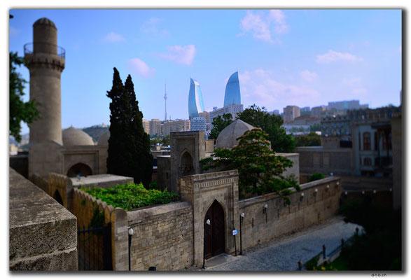 AZ047.Baku.Shirvanshahs Palace