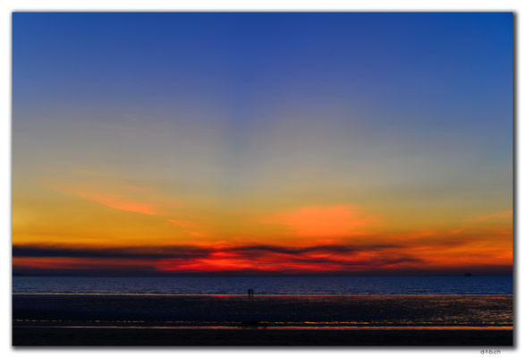 AU0065.Darwin.Mindil Beach