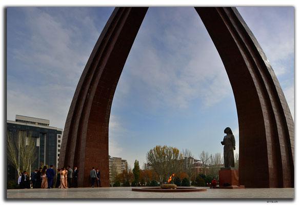 KG0019.Bishkek.WWII Monument