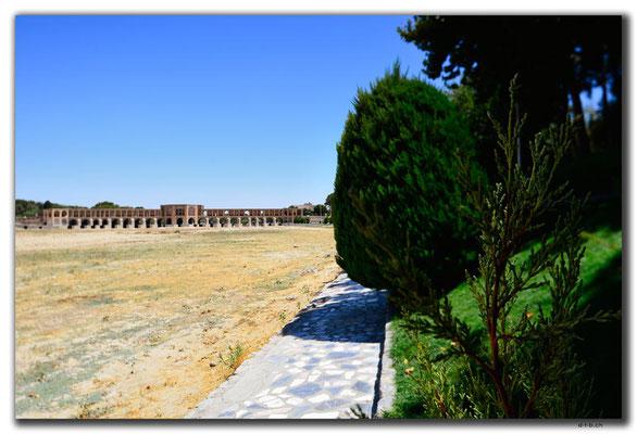 IR0098.Isfahan.Khaju Pol