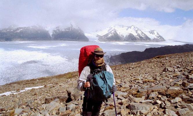 Chile, P.N. Torres del Paine,Greygletscher