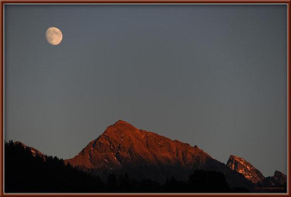 A0417.Mond über Wisshorn.Klosters.CH