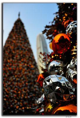 HK0044.Christmas tree