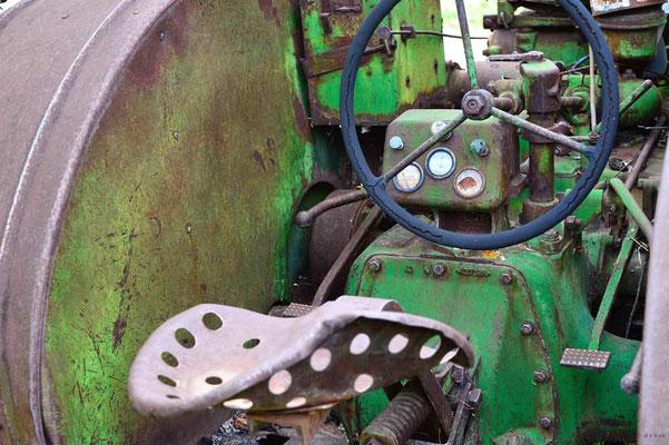 CA0253 Keremos Traktor