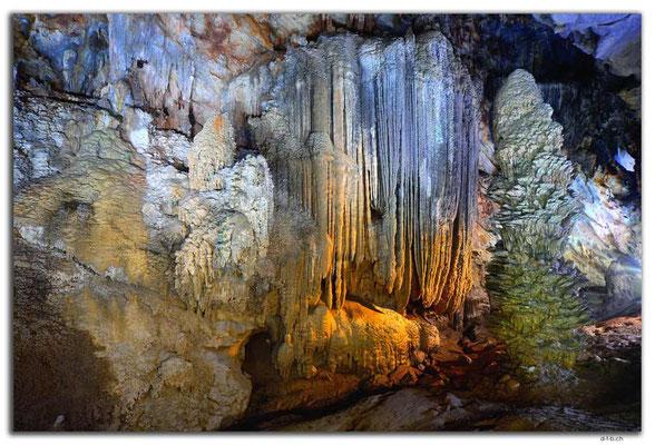 VN0101.Phong Nha.Paradise Cave