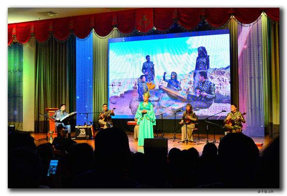 KZ0119.Almaty.Babalar Sazy-Konzert