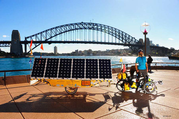 AU: Solatrike in Sydney bei der Harbour Bridge