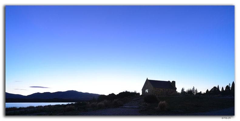 NZ0782.Lake Tekapo.Church of the good Shepherd at Full Moon