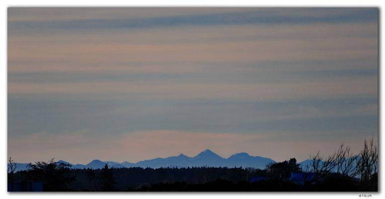 NZ0967.Christchurch.Brooklands.Mountain view