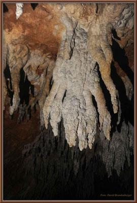 JM041.Windsor Cave