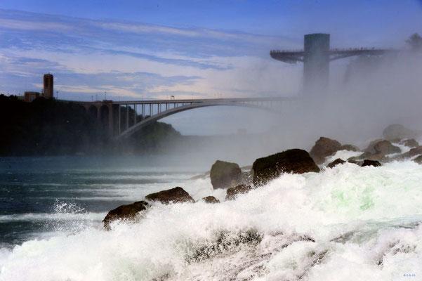 CA0436 Niagara Falls