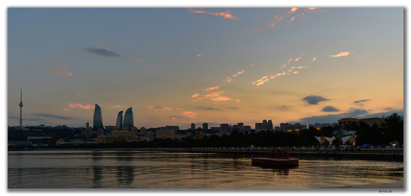 AZ070.Baku.Flame Towers