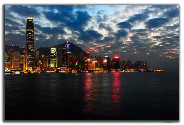 HK0037.Hong Kong Island night