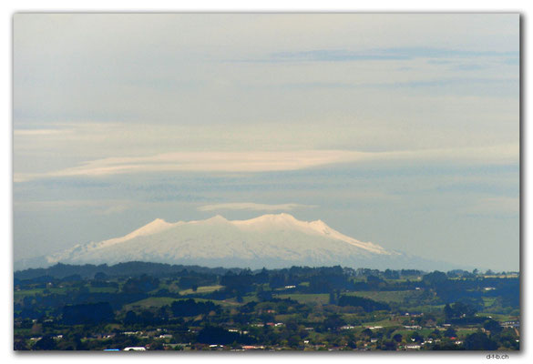 NZ0381.New Plymouth.Mt.Ruapehu