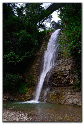 GE0157.Tbilisi.Bot.Garten.Wasserfall